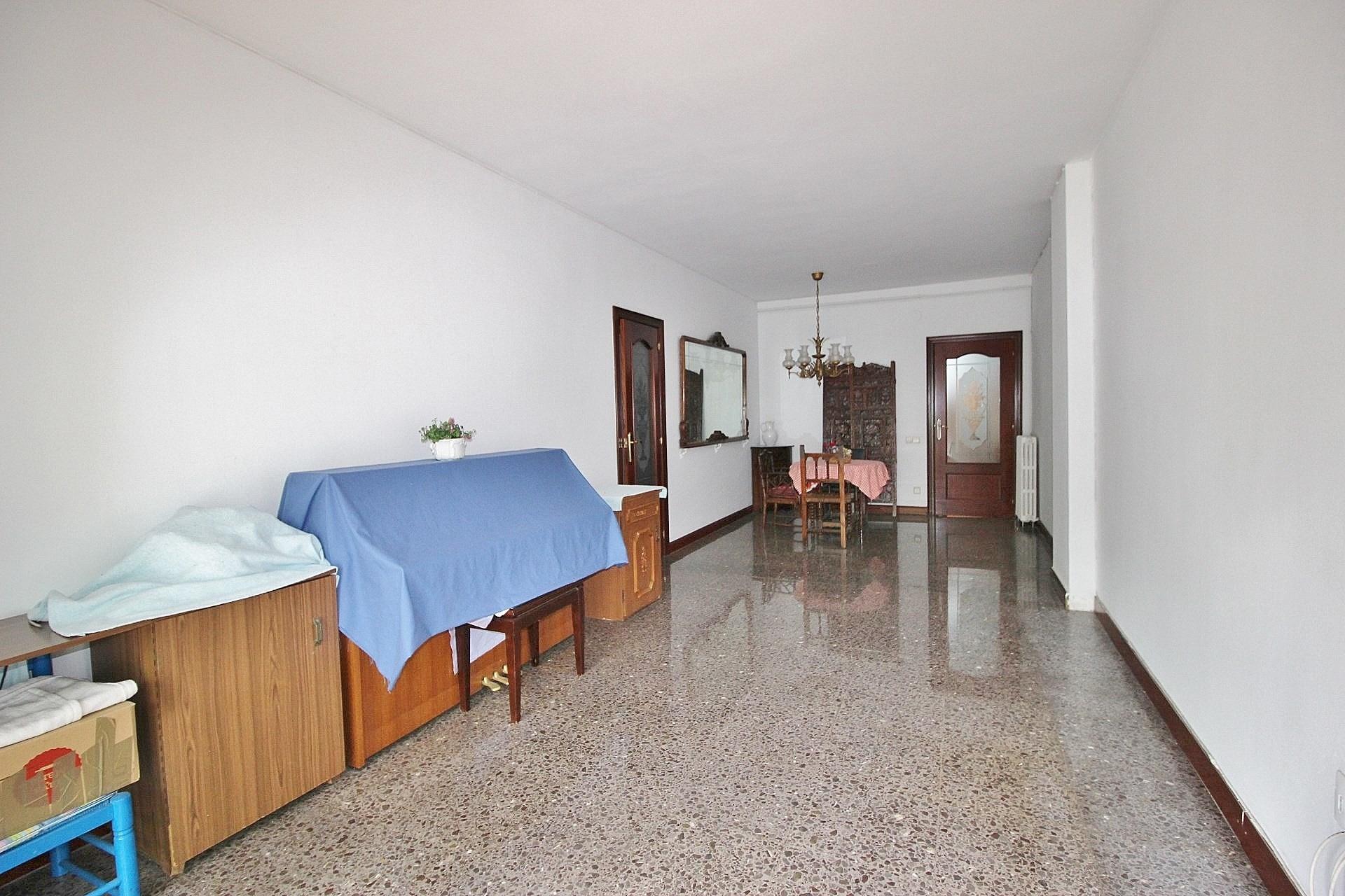 Camere Familiari Barcellona : Casa con camere a bac de roda nel barrio del poblenou